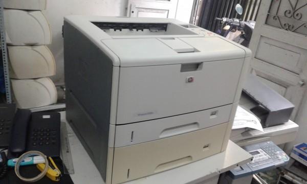 Máy in A3 Hp laserjet 5200TN cũ (in A3,Network, 2 Khay giấy gầm)